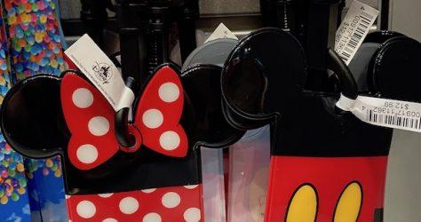 Mickey & Minnie Card Holder Disney Lanyards Close Up