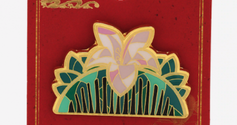 Mulan Comb Stained Glass BoxLunch Disney Pin