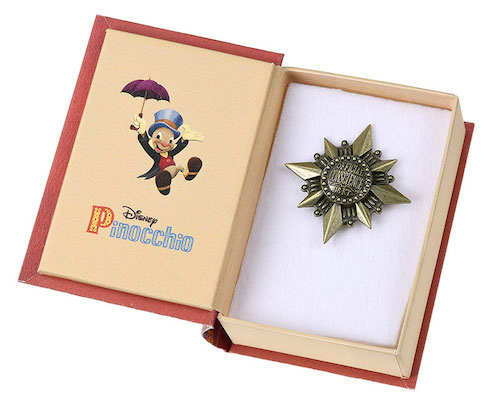 Pinocchio 80th Conscience Badge Disney Store Japan Pin Box