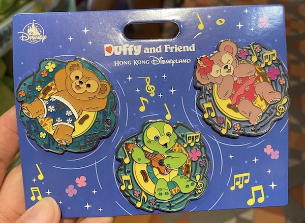 Duffy and Friends Pool Raft Disney Pin Set