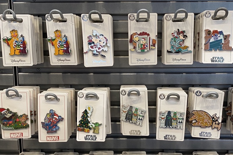 Disney Parks Holiday 2020 Pins