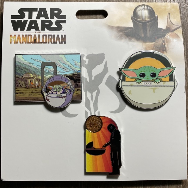 Star Wars: The Mandalorian Booster Pin Set