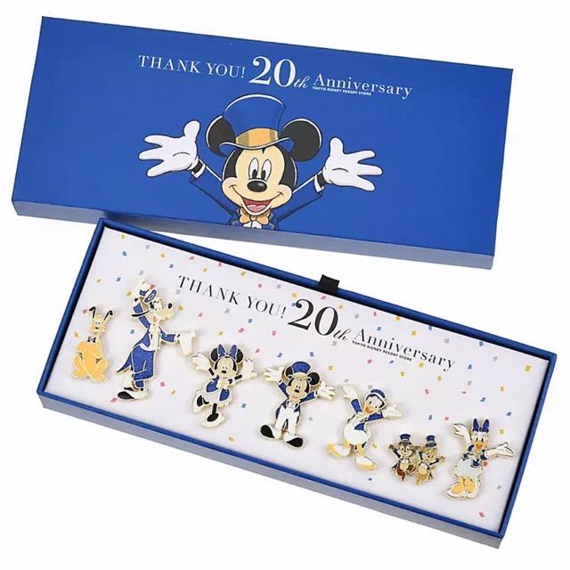 Tokyo Disney Resort Store 20th Anniversary Pin Set