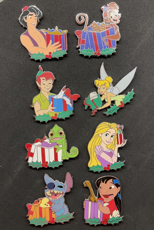 A Gift for You! Revealed Disney Pins