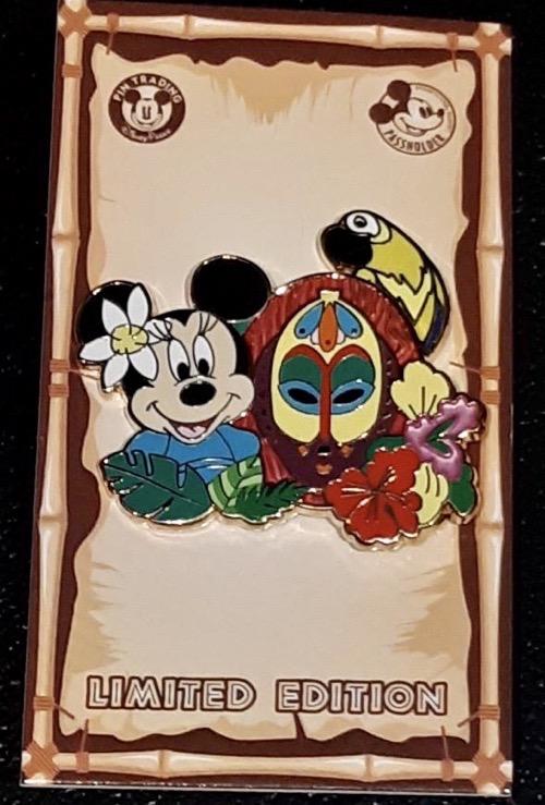 Minnie Mouse Disneyland Passholder 2020 Pin