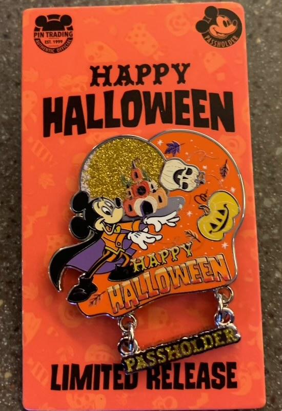 Happy Halloween 2021 Passholder Disney Pin